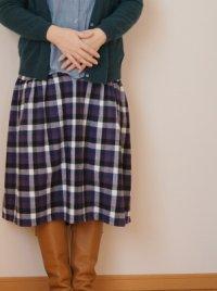 画像3: 後ろ下がりスカート
